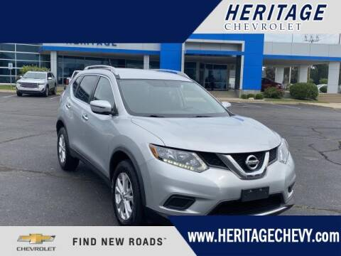 2016 Nissan Rogue for sale at HERITAGE CHEVROLET INC in Creek MI