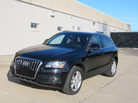 2011 Audi Q5 3.2 quattro Premium Plus for sale at CLASSIC AUTO SALES INC in Omaha NE
