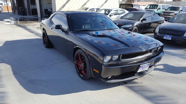 2013 Dodge Challenger R/T Plus (image 4)