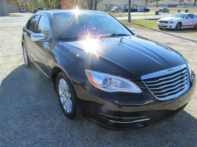 2013 Chrysler 200 for sale at Jerry West Used Cars in Murray KY