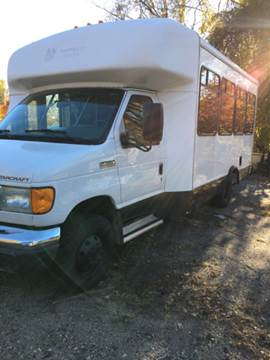 2007 Ford E-Series Chassis for sale in Cumberland, RI
