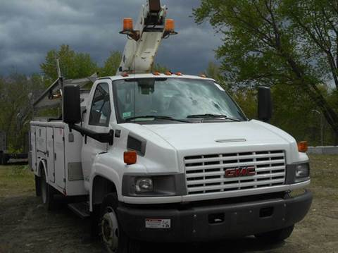 2005 GMC C4500 BUCKET for sale in Cumberland, RI