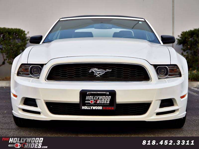2013 Ford Mustang V6 Premium 2dr Convertible - Van Nuys CA