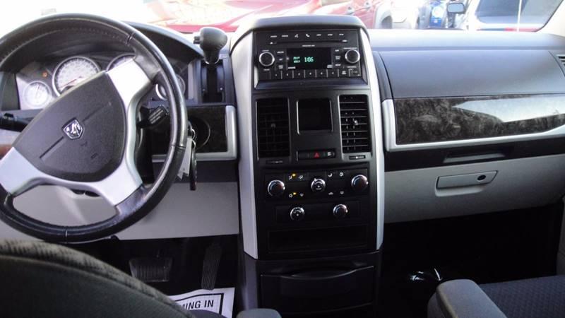 2010 Dodge Grand Caravan SXT 4dr Mini-Van - Allentown PA
