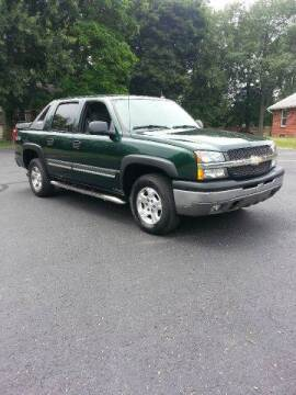 2004 Chevrolet Avalanche for sale at All State Auto Sales, INC in Kentwood MI