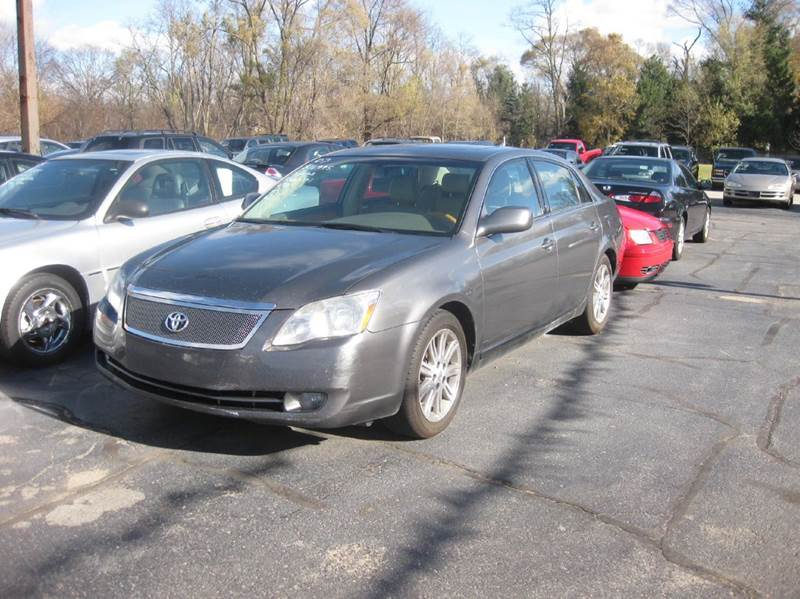 2007 toyota avalon limited 4dr sedan in kentwood mi all. Black Bedroom Furniture Sets. Home Design Ideas