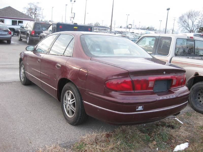 2000 Buick Regal Ls 4dr Sedan In Kentwood Mi