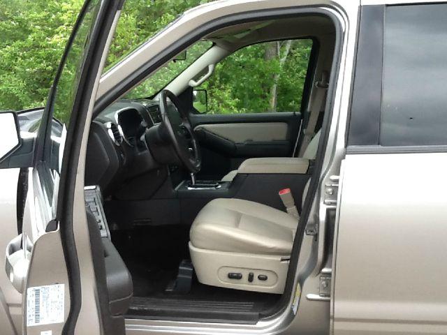 2008 Ford Explorer XLT 4x2 SUV - Rochester MI