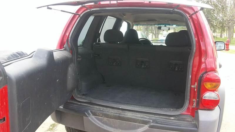 2004 Jeep Liberty Sport 4dr 4WD SUV - Rochester MI