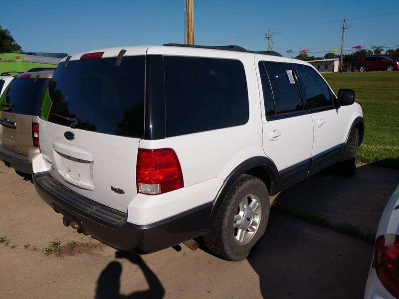 expedition 2004 ford 4dr xlt 4wd suv front