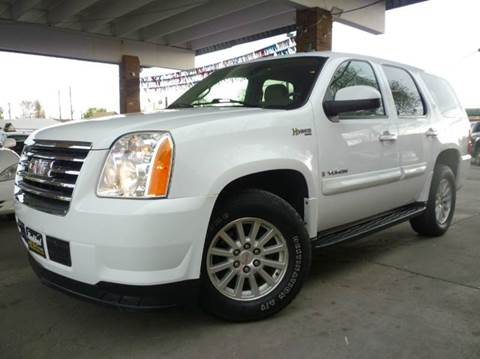2008 GMC Yukon for sale at Sindibad Auto Sale, LLC in Englewood CO