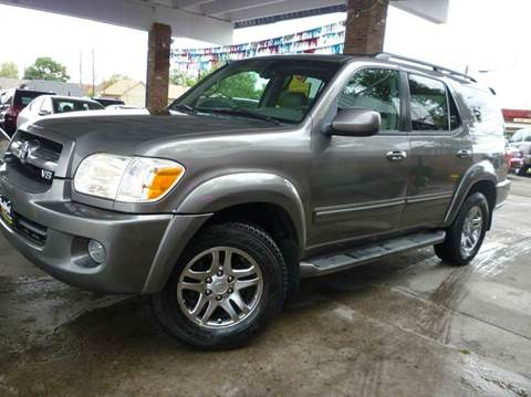 2005 Toyota Sequoia for sale at Sindibad Auto Sale, LLC in Englewood CO