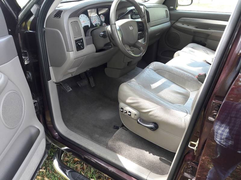 2005 Dodge Ram Pickup 1500 4dr Laramie 4WD Quad Cab SB - Diberville MS