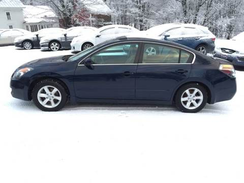 2007 Nissan Altima for sale at MICHAEL MOTORS in Farmington ME