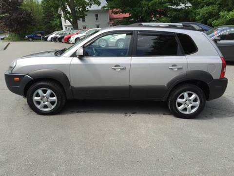 2005 Hyundai Tucson for sale at MICHAEL MOTORS in Farmington ME