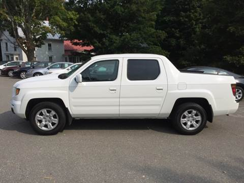 2006 Honda Ridgeline for sale at MICHAEL MOTORS in Farmington ME