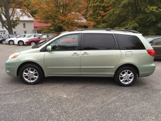 2006 toyota sienna xle limited 7 passenger awd 4dr mini. Black Bedroom Furniture Sets. Home Design Ideas