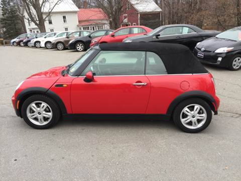 2006 MINI Cooper for sale at MICHAEL MOTORS in Farmington ME
