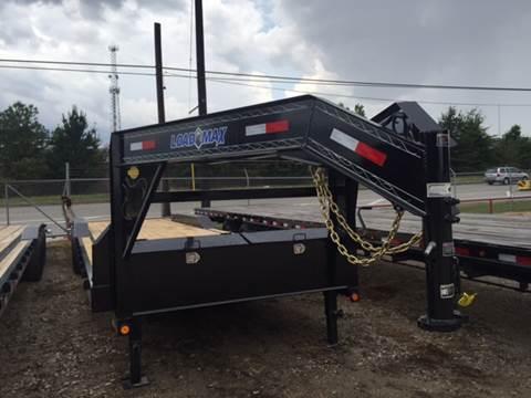 2017 Load Trail 102 X 32 GOOSENECK  CAR HAULER