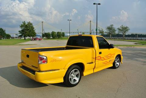 2003 Chevrolet S-10 for sale in Alton, IL