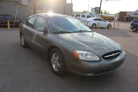 2002 Ford Taurus for sale in Denver, CO