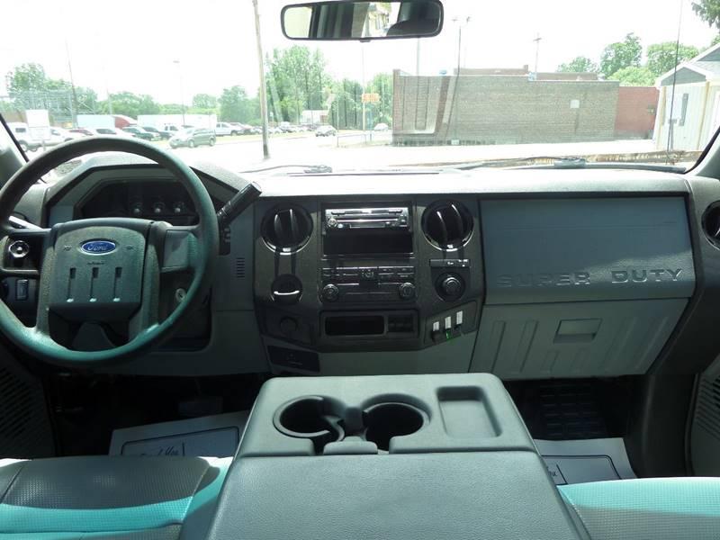 2011 Ford F-250 Super Duty 4x4 XL 4dr SuperCab 6.8 ft. SB Pickup - Barberton OH