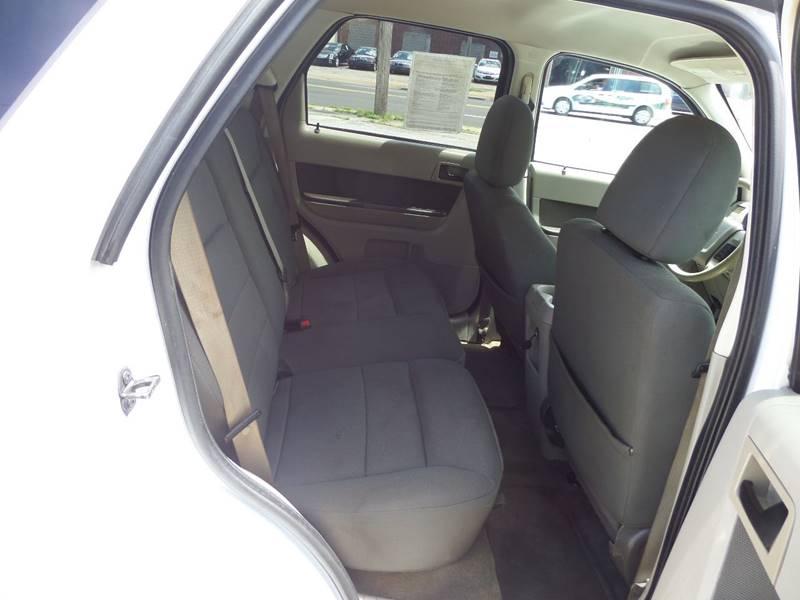 2009 Ford Escape AWD XLT 4dr SUV V6 - Barberton OH