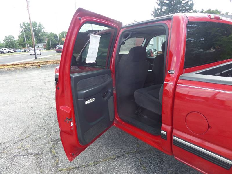 2001 Chevrolet Silverado 2500HD 4dr Crew Cab 4WD SB - Barberton OH