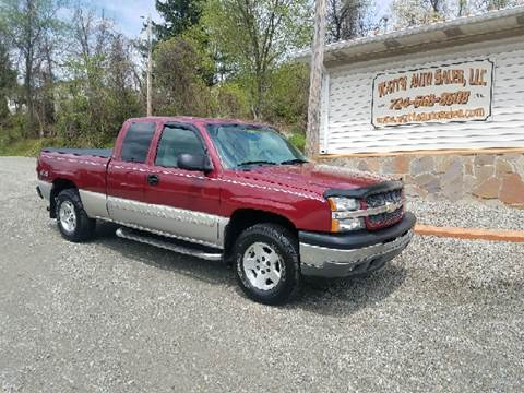2005 Chevrolet Silverado 1500 for sale at Watts Auto Sales in New Alexandria PA