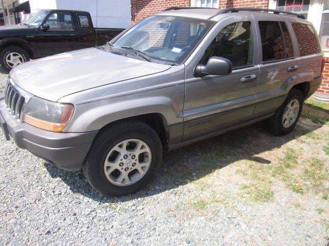 2001 Jeep Grand Cherokee for sale at Maxx Used Cars in Pittsboro NC