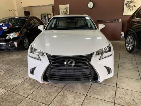 2017 Lexus GS 200t
