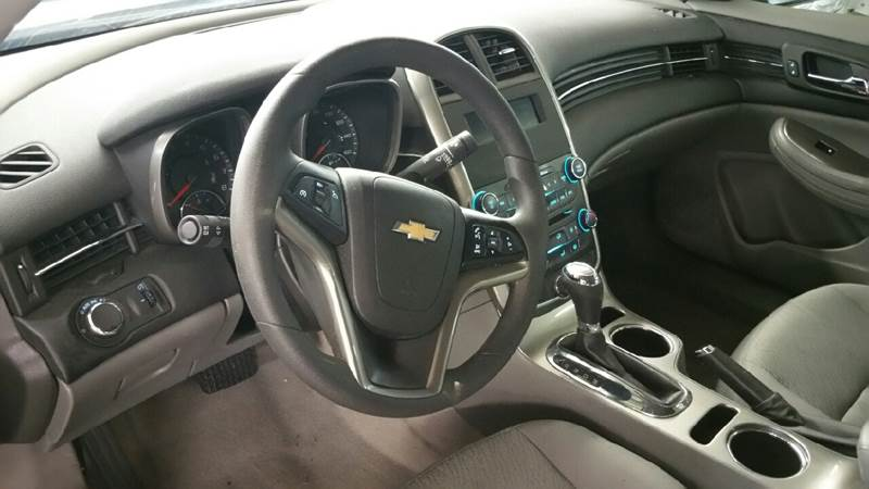 2015 Chevrolet Malibu LS 4dr Sedan - Knightstown IN
