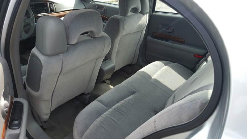 2001 Buick LeSabre Custom 4dr Sedan - Knightstown IN