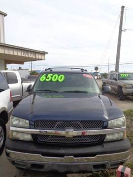 2005 Chevrolet Avalanche for sale at Eastside Auto Brokers LLC in Fort Myers FL