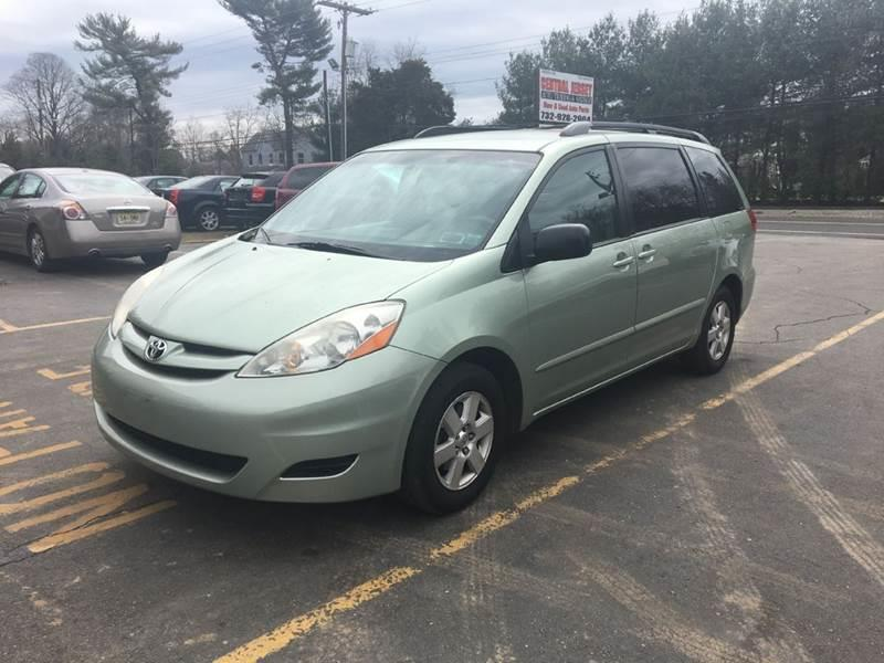 2007 Toyota Sienna for sale at Central Jersey Auto Trading in Jackson NJ