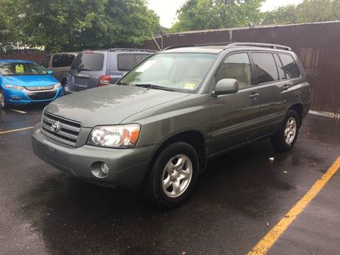 2006 Toyota Highlander for sale at Central Jersey Auto Trading in Jackson NJ
