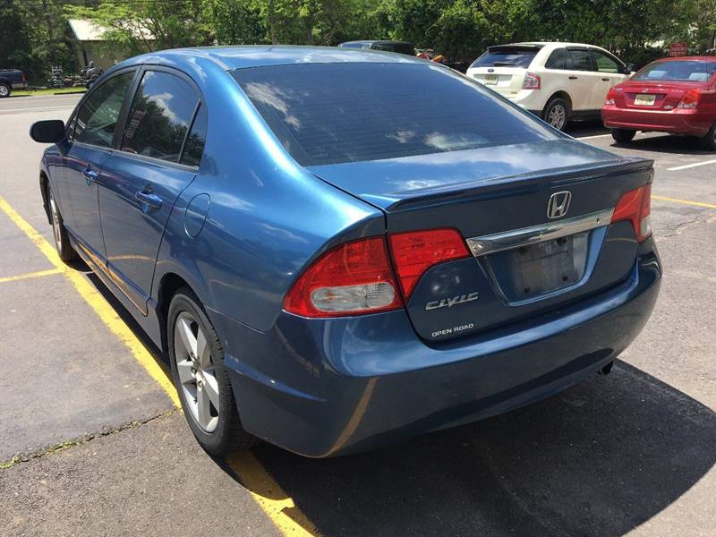 2010 Honda Civic for sale at Central Jersey Auto Trading in Jackson NJ