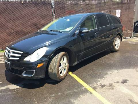 2006 Mercedes-Benz R-Class for sale at Central Jersey Auto Trading in Jackson NJ