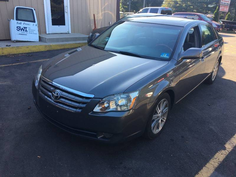 2006 Toyota Avalon for sale at Central Jersey Auto Trading in Jackson NJ