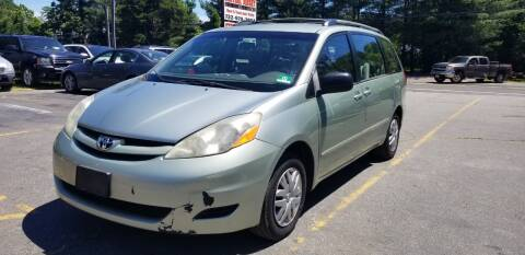 2006 Toyota Sienna for sale at Central Jersey Auto Trading in Jackson NJ
