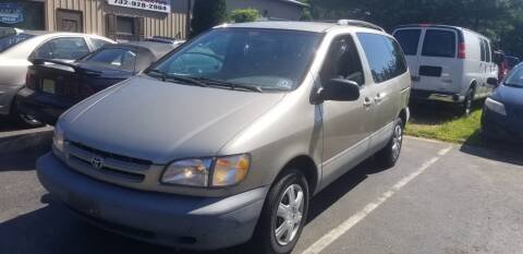 2000 Toyota Sienna for sale at Central Jersey Auto Trading in Jackson NJ