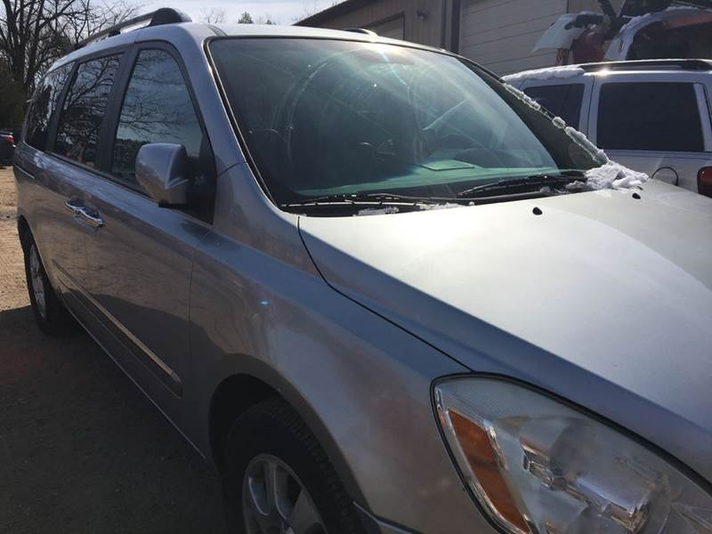 2007 Hyundai Entourage for sale at Central Jersey Auto Trading in Jackson NJ