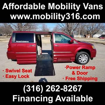 2016 Chrysler Town and Country for sale in Wichita, KS