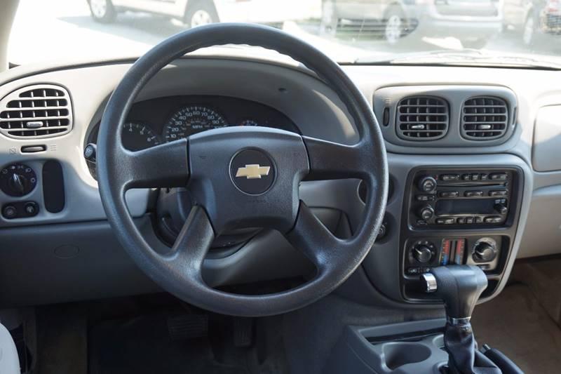 2007 Chevrolet TrailBlazer LS 4dr SUV 4WD - Lewiston ME
