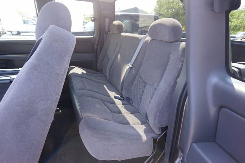 2006 Chevrolet Silverado 1500 LS 4dr Extended Cab 4WD 6.5 ft. SB - Lewiston ME