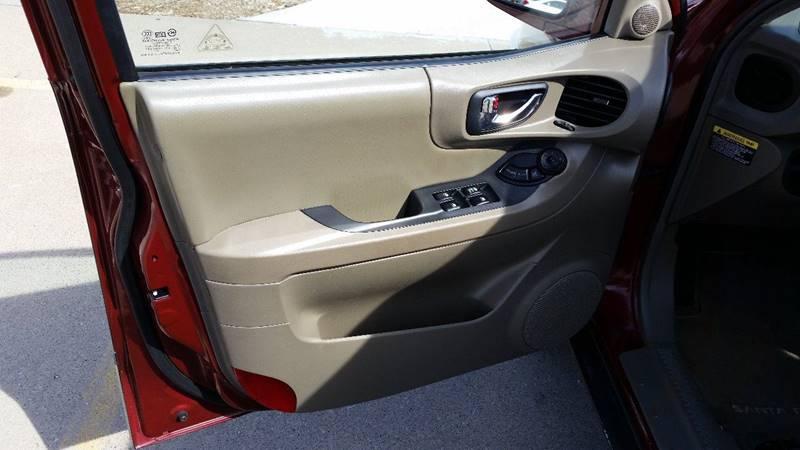2004 Hyundai Santa Fe Fwd 4dr SUV - Moline IL