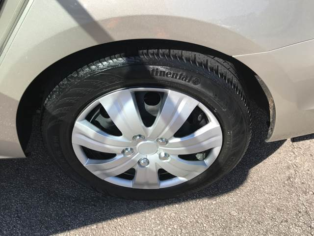 2013 Volkswagen Jetta SE PZEV 4dr Sedan 6A w/Convenience - Lee's Summit MO
