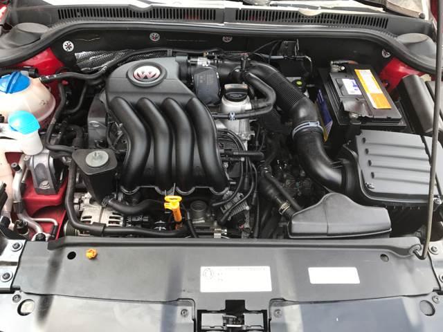 2012 Volkswagen Jetta S 4dr Sedan 6A - Lee's Summit MO