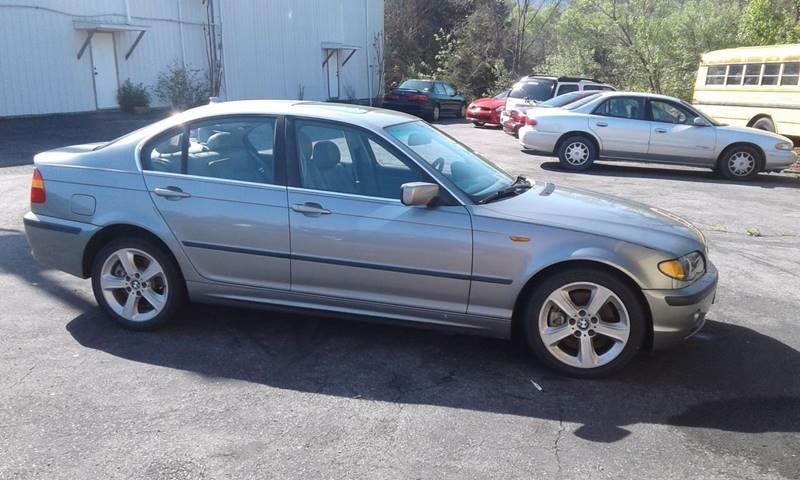 2004 BMW 3 Series AWD 330xi 4dr Sedan - Lebanon VA