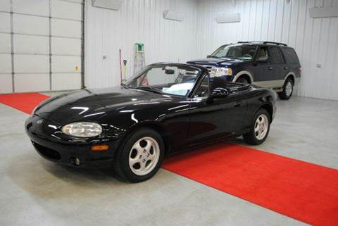 2000 Mazda MX-5 Miata for sale at Masterpiece Motorcars in Germantown WI